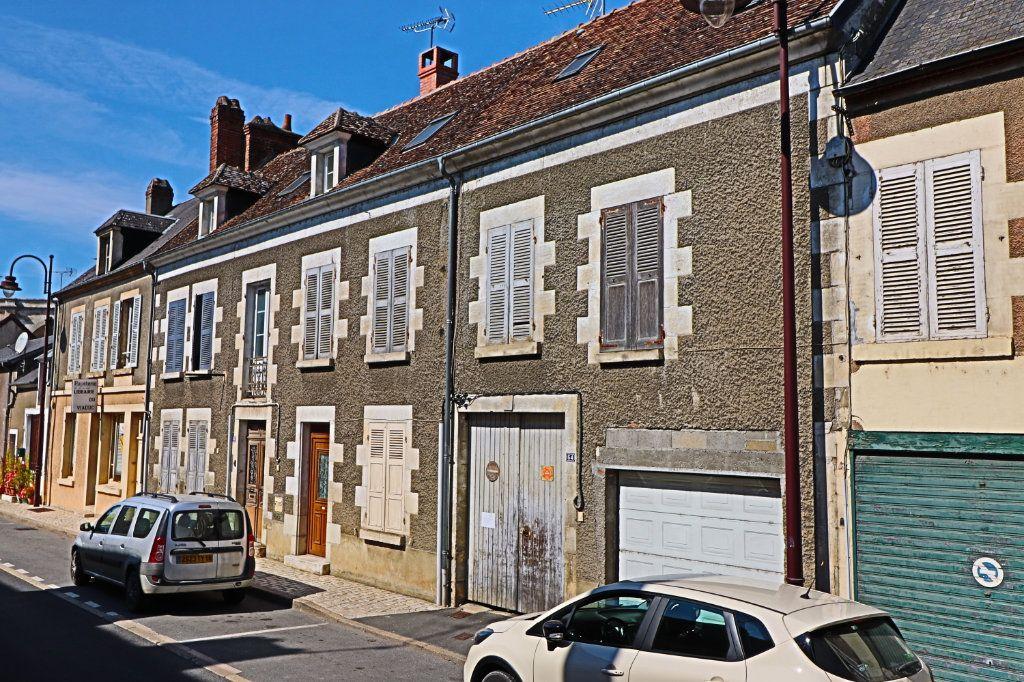 Immeuble à vendre 0 249m2 à Saint-Satur vignette-4