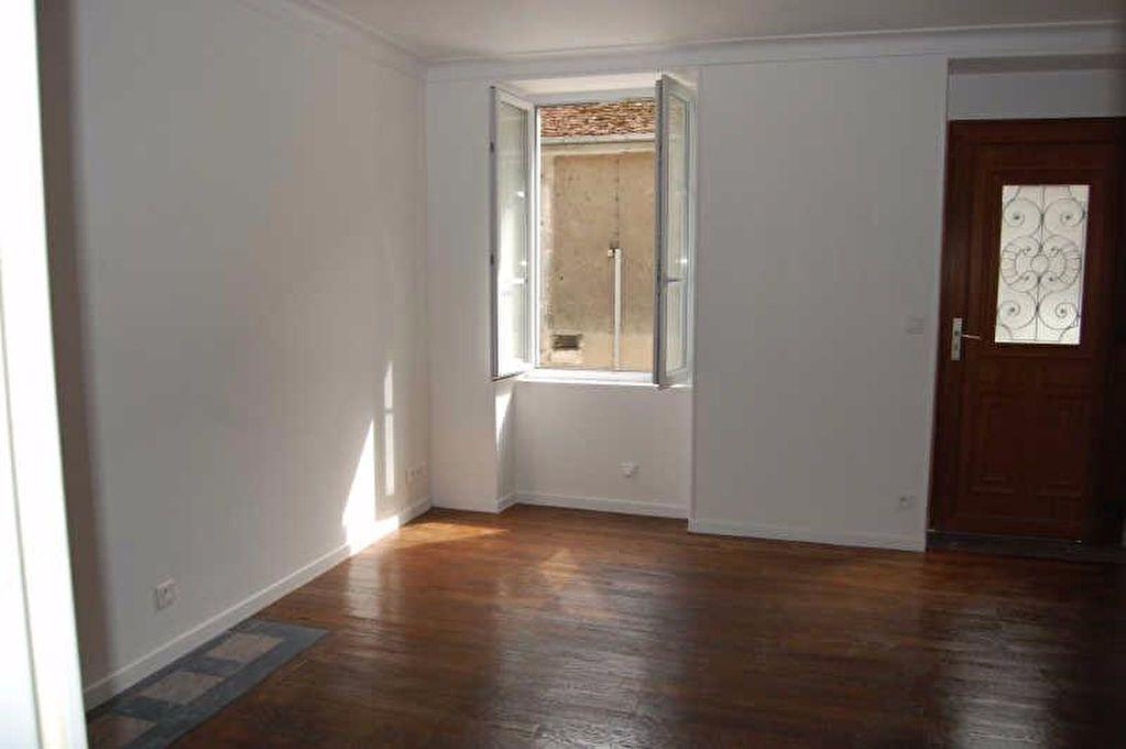 Appartement à louer 1 26.62m2 à Saint-Satur vignette-1