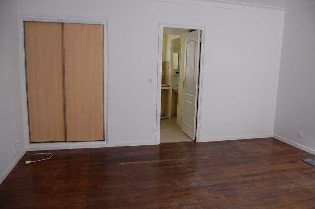 Appartement à louer 1 26.62m2 à Saint-Satur vignette-3
