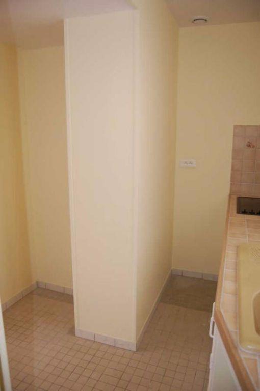 Appartement à louer 1 26.62m2 à Saint-Satur vignette-4