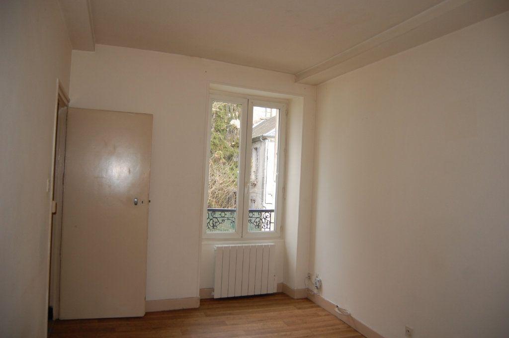 Appartement à louer 2 24m2 à Saint-Satur vignette-5