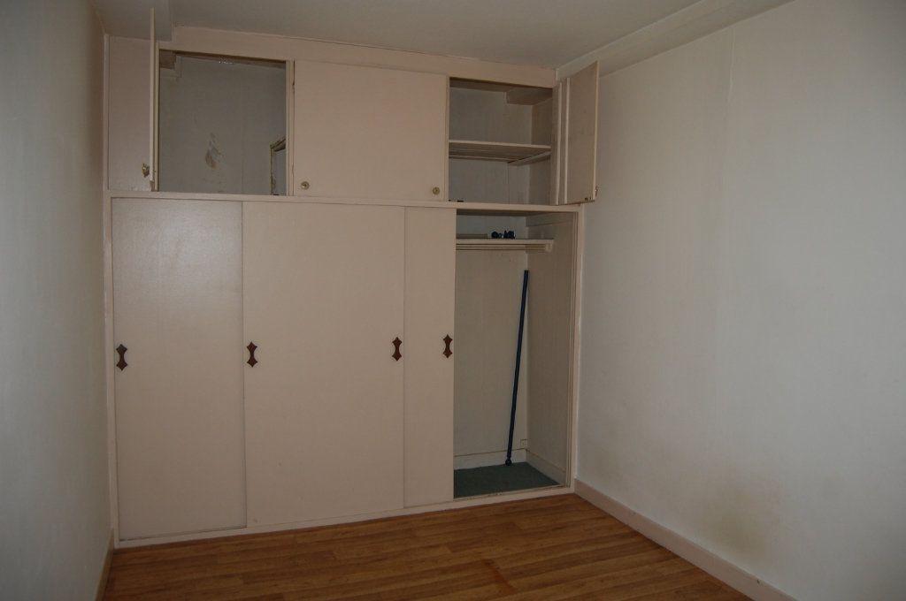 Appartement à louer 2 24m2 à Saint-Satur vignette-6