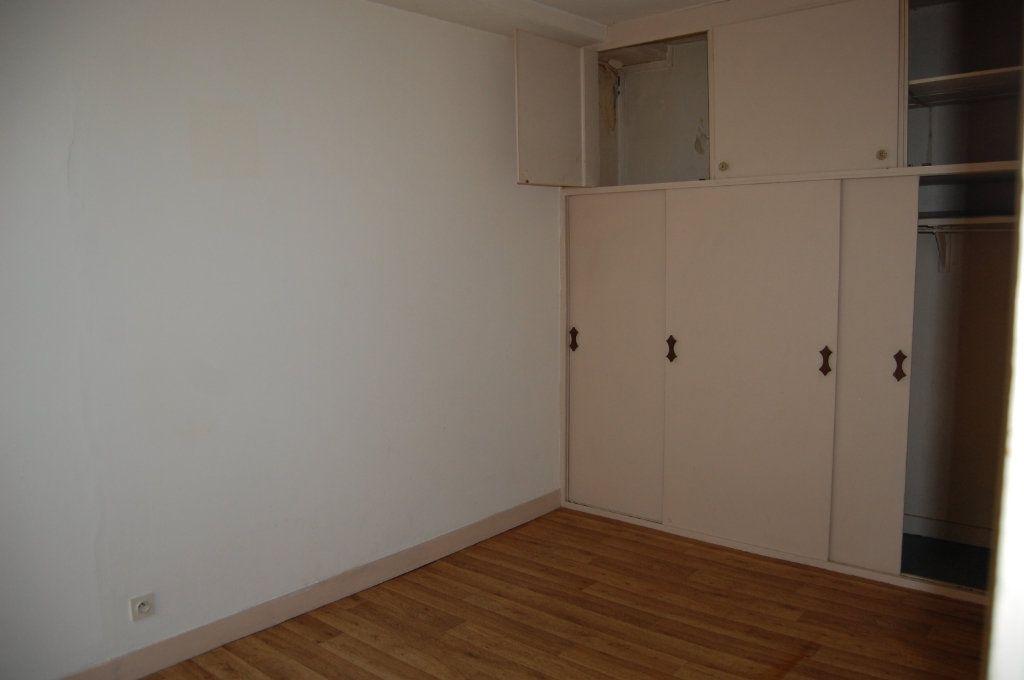 Appartement à louer 2 24m2 à Saint-Satur vignette-7