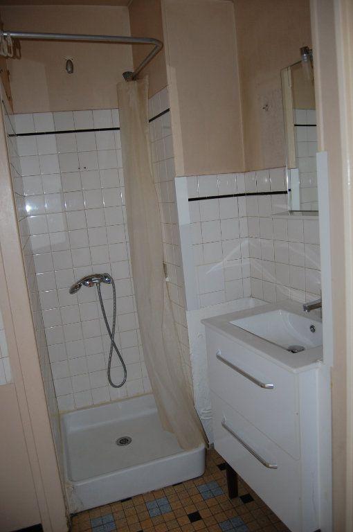 Appartement à louer 2 24m2 à Saint-Satur vignette-8