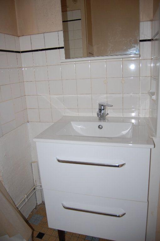 Appartement à louer 2 24m2 à Saint-Satur vignette-10
