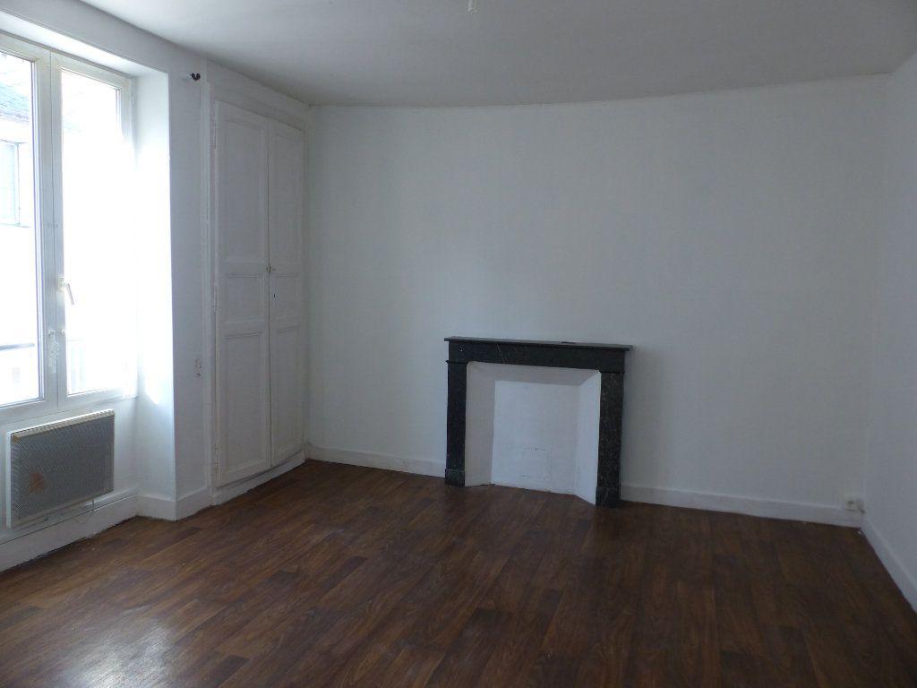 Appartement à louer 3 75m2 à Pouilly-sur-Loire vignette-2