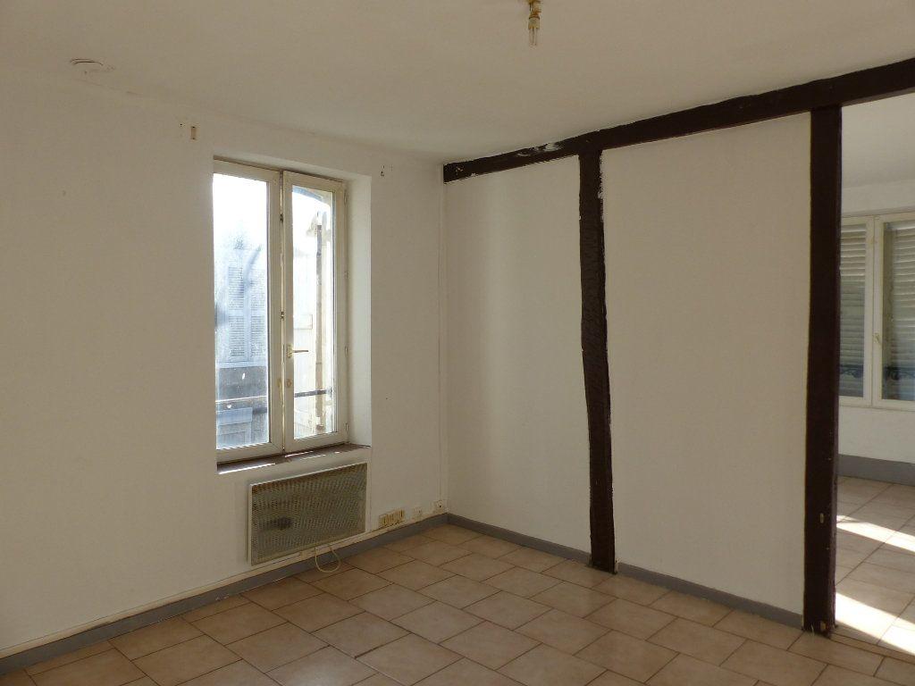 Appartement à louer 3 75m2 à Pouilly-sur-Loire vignette-3