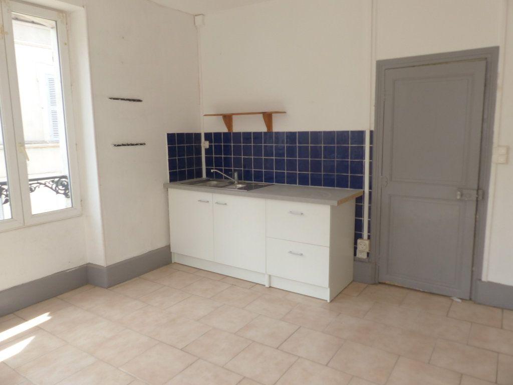Appartement à louer 3 75m2 à Pouilly-sur-Loire vignette-5
