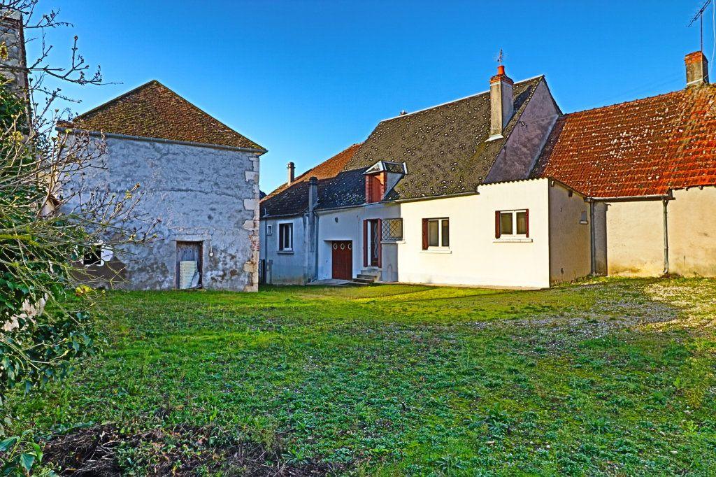 Maison à vendre 4 97m2 à Saint-Bouize vignette-1