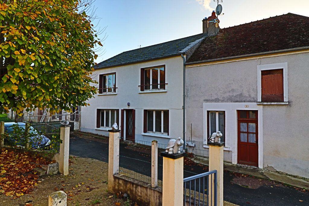 Maison à vendre 4 97m2 à Saint-Bouize vignette-4