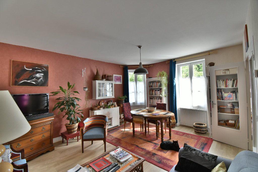 Maison à vendre 4 105m2 à Pouilly-sur-Loire vignette-4