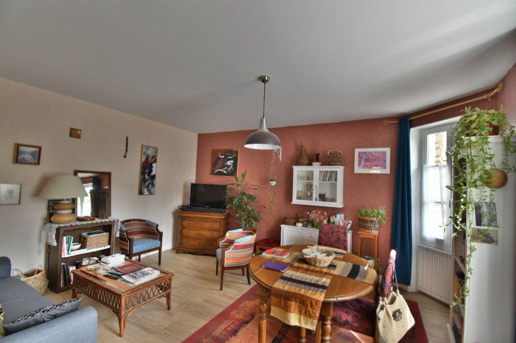 Maison à vendre 4 105m2 à Pouilly-sur-Loire vignette-5