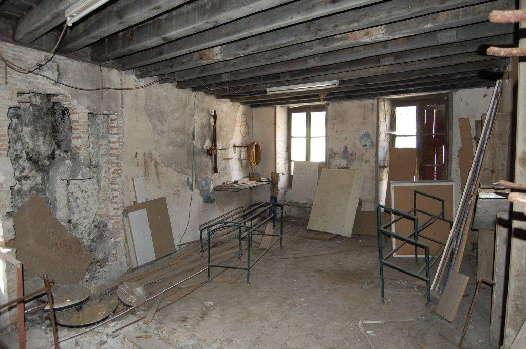 Immeuble à vendre 0 210m2 à Saint-Satur vignette-17