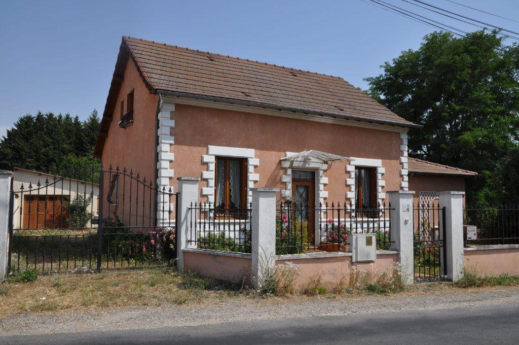 Maison à vendre 6 125m2 à Saint-Père vignette-1