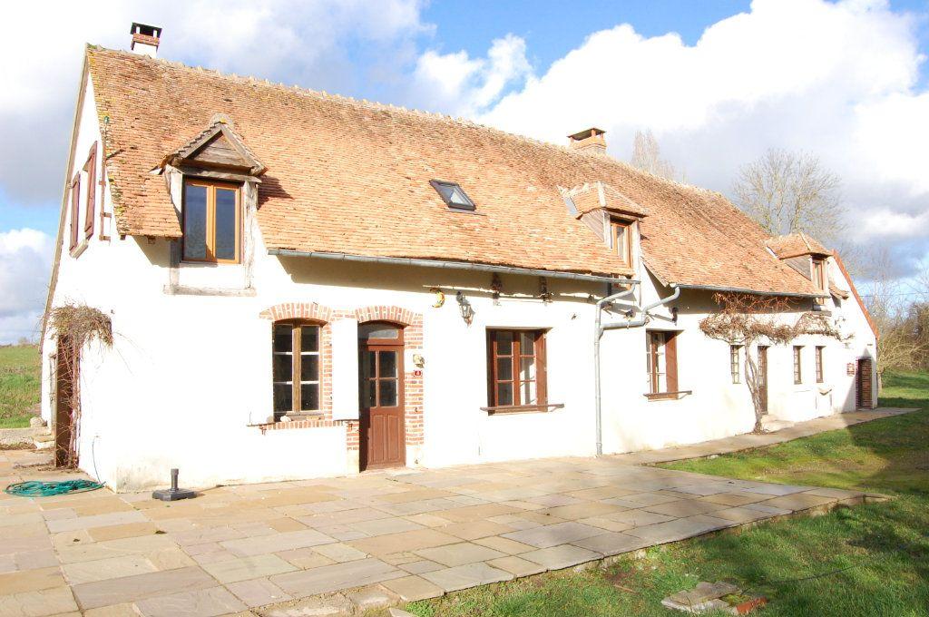 Maison à vendre 7 181m2 à Savigny-en-Sancerre vignette-1