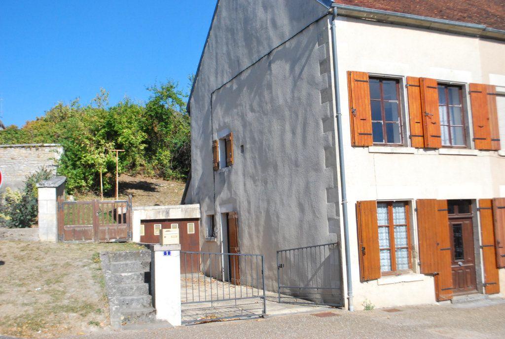 Maison à vendre 3 70m2 à Alligny-Cosne vignette-2