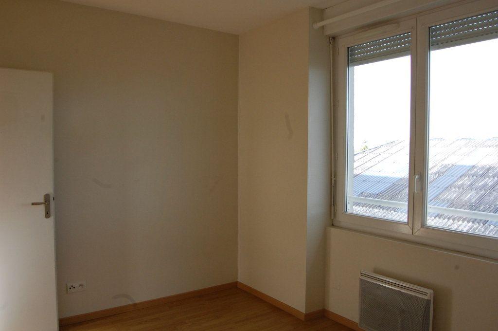 Appartement à louer 3 48m2 à Sancerre vignette-12