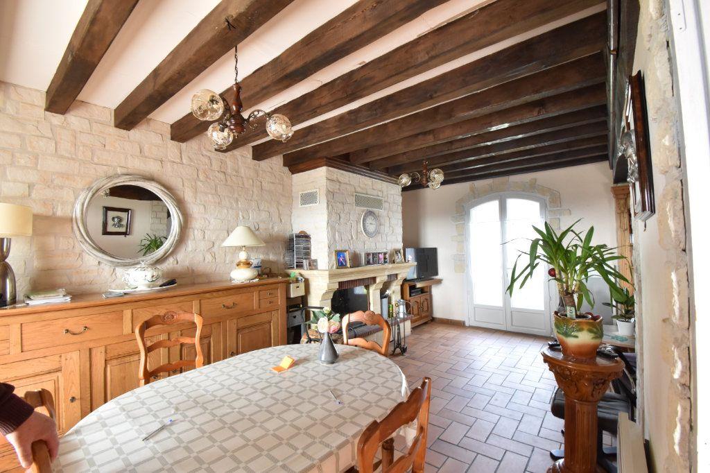 Maison à vendre 5 121m2 à Boulleret vignette-2