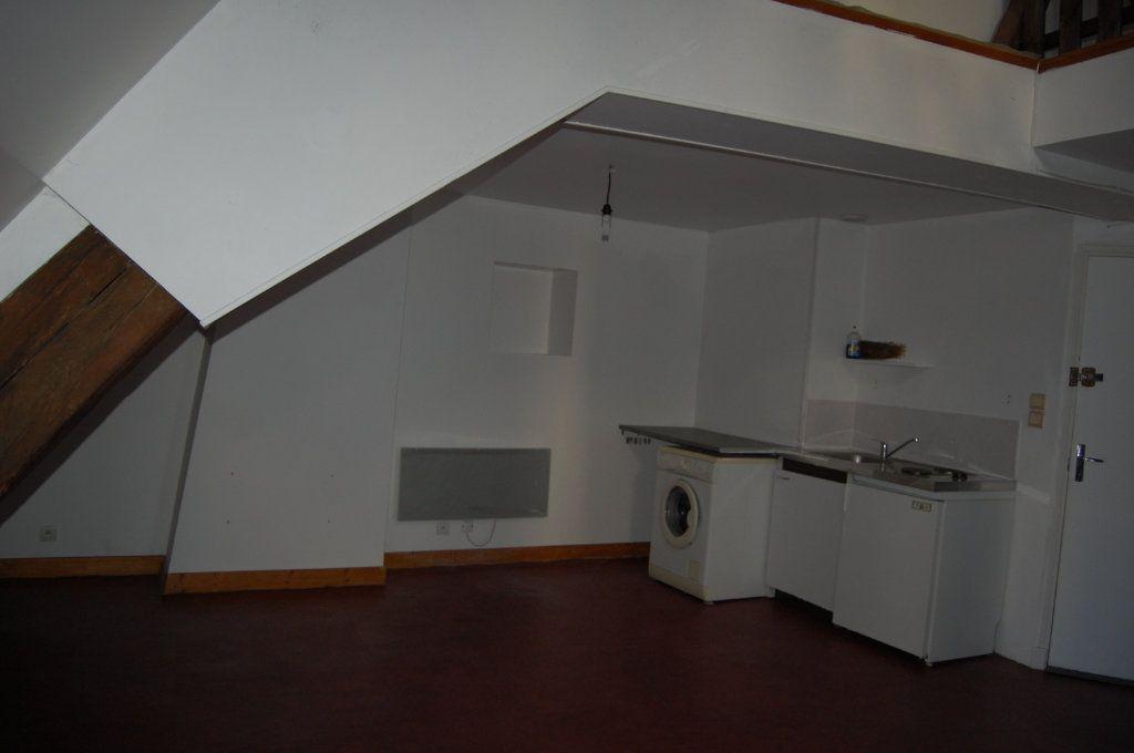 Appartement à louer 2 45m2 à Sancerre vignette-3