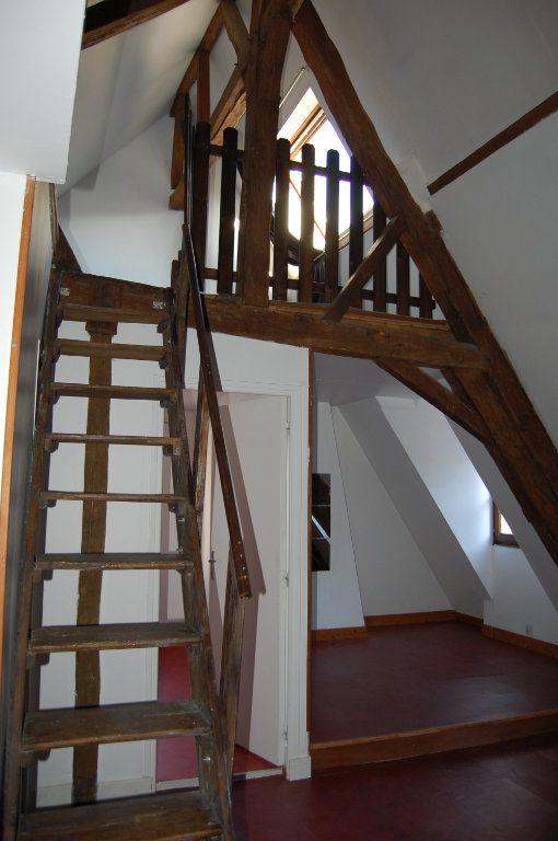 Appartement à louer 2 45m2 à Sancerre vignette-4