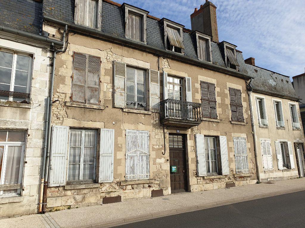 Maison à vendre 11 319m2 à La Charité-sur-Loire vignette-2