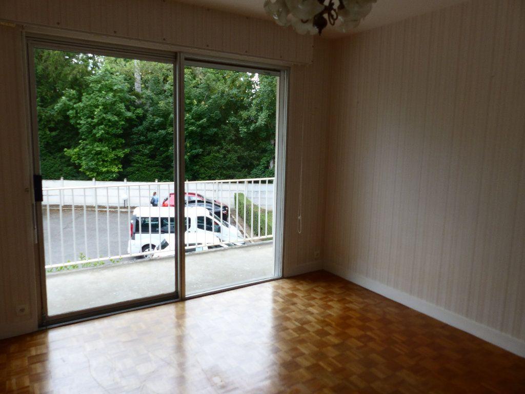 Appartement à louer 2 43m2 à Cosne-Cours-sur-Loire vignette-8