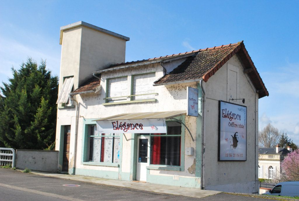 Maison à vendre 5 126m2 à Cosne-Cours-sur-Loire vignette-1