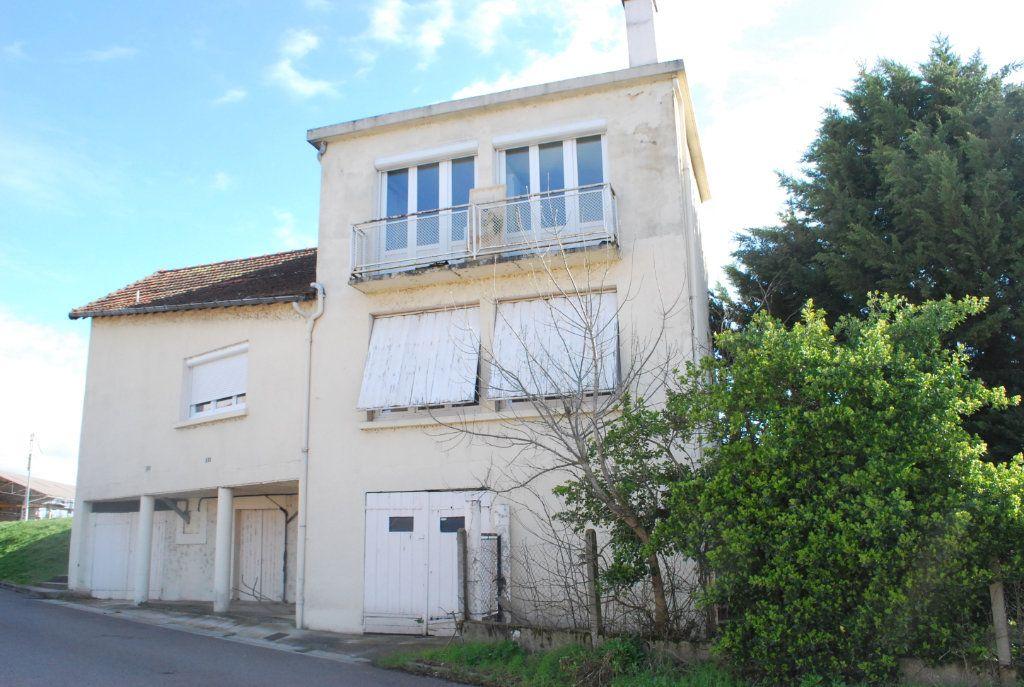 Maison à vendre 5 126m2 à Cosne-Cours-sur-Loire vignette-3