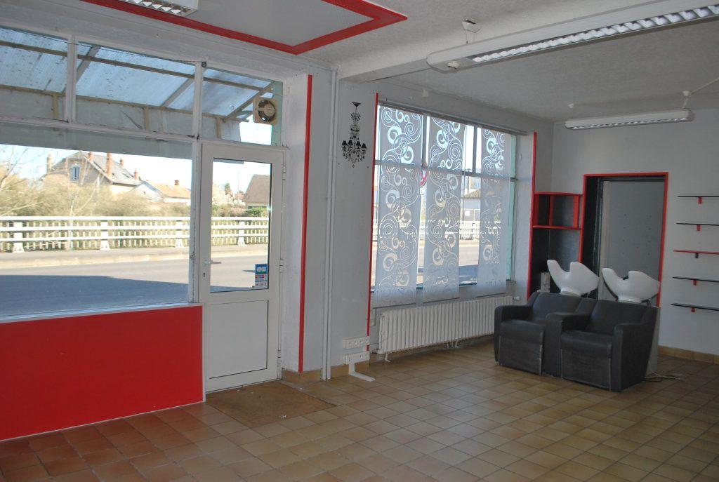 Maison à vendre 5 126m2 à Cosne-Cours-sur-Loire vignette-5