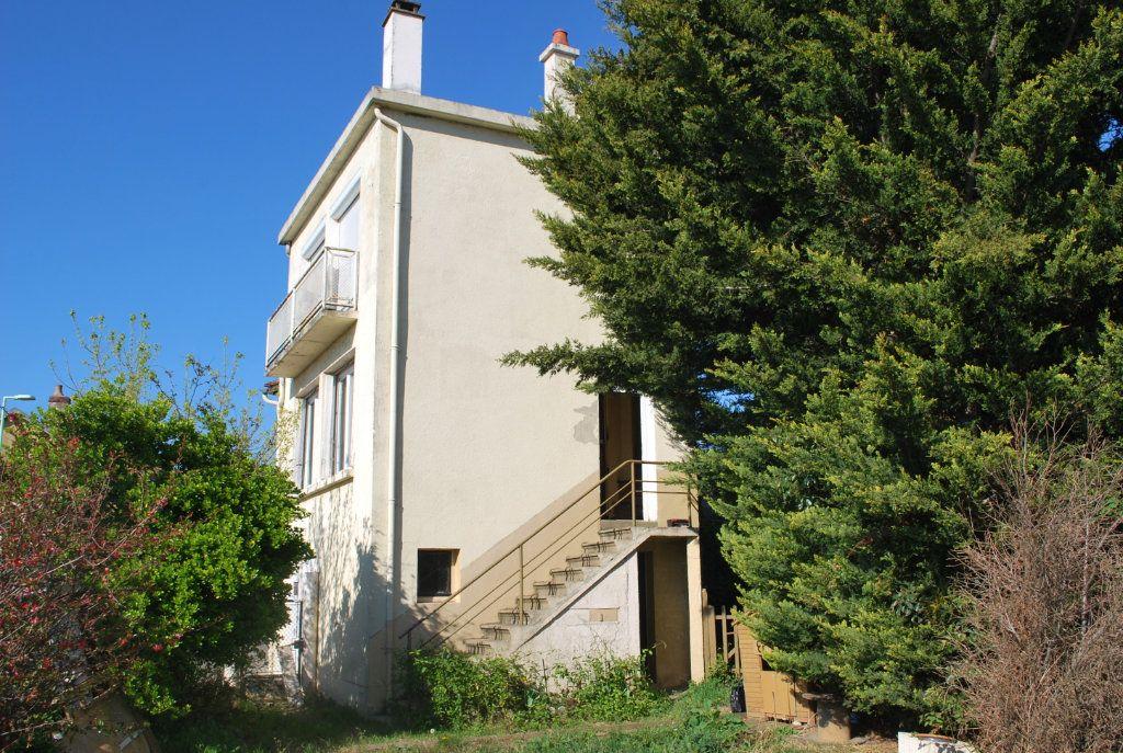 Maison à vendre 5 126m2 à Cosne-Cours-sur-Loire vignette-11
