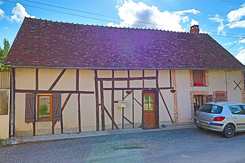 Maison à vendre 6 118m2 à Le Noyer vignette-1