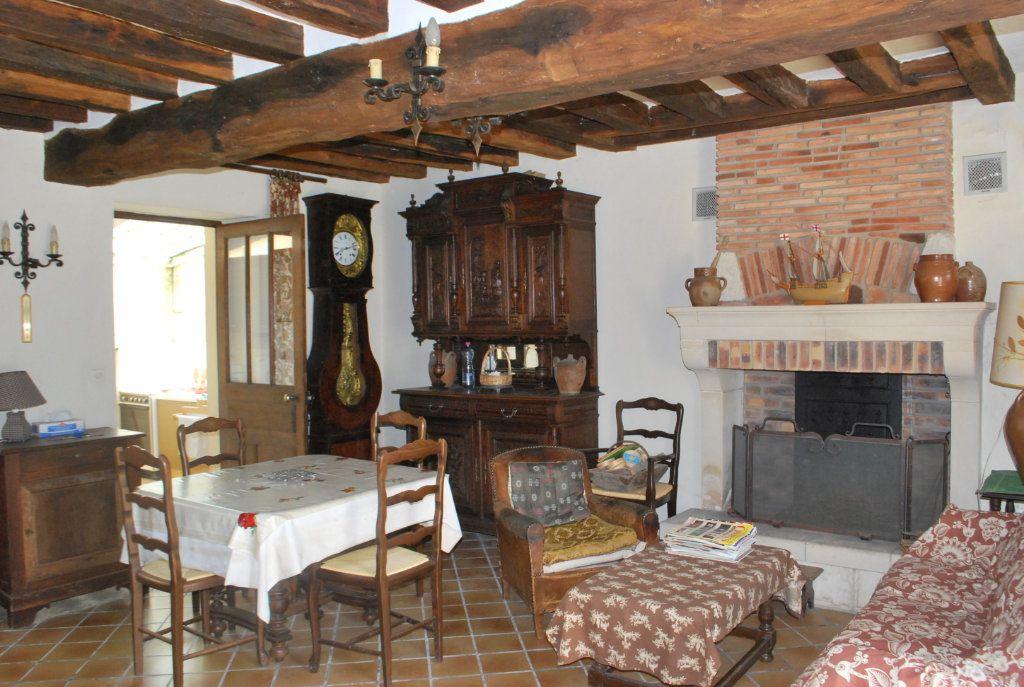 Maison à vendre 6 123m2 à Cessy-les-Bois vignette-4