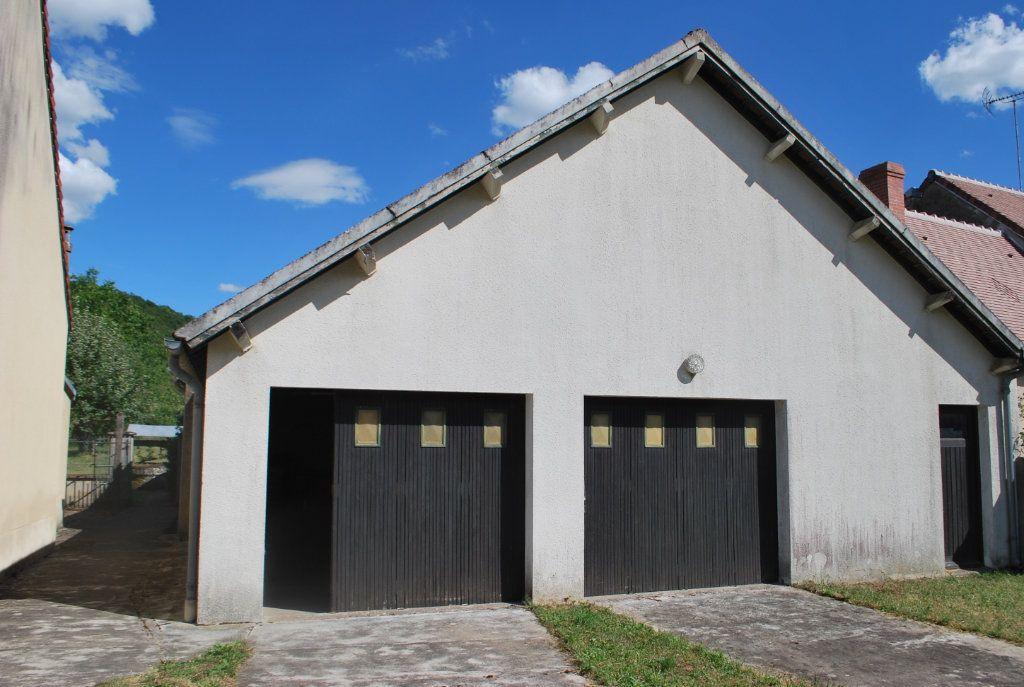 Maison à vendre 6 123m2 à Cessy-les-Bois vignette-12