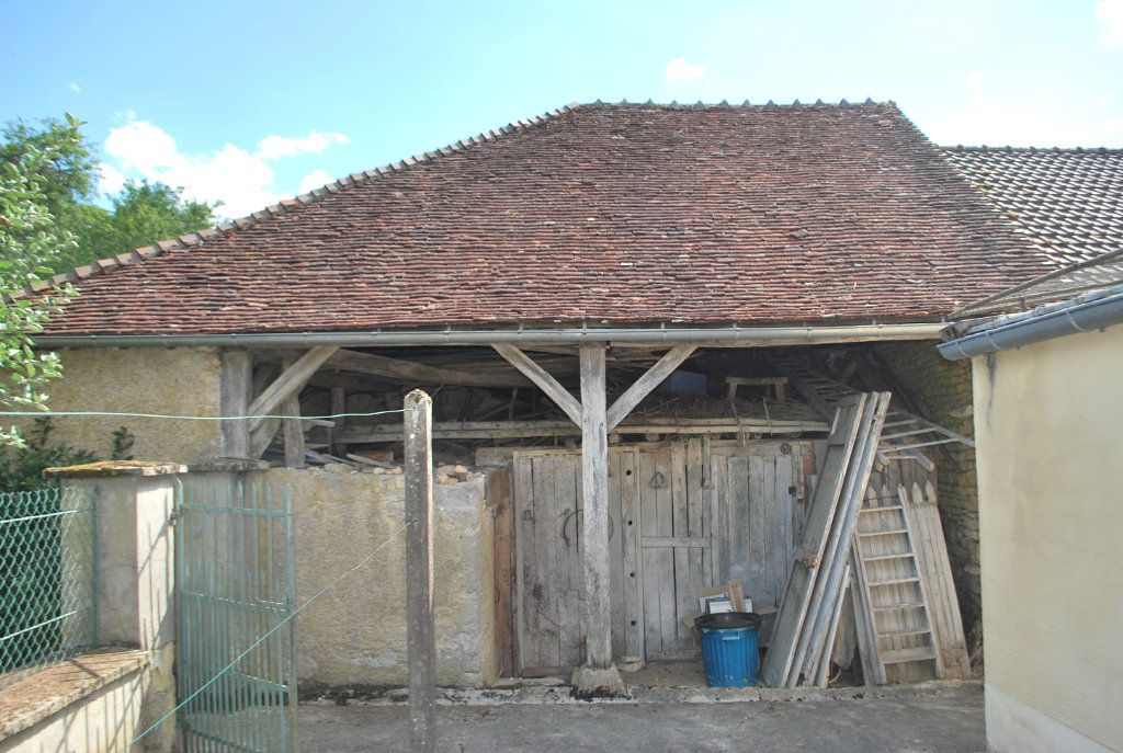 Maison à vendre 6 123m2 à Cessy-les-Bois vignette-13