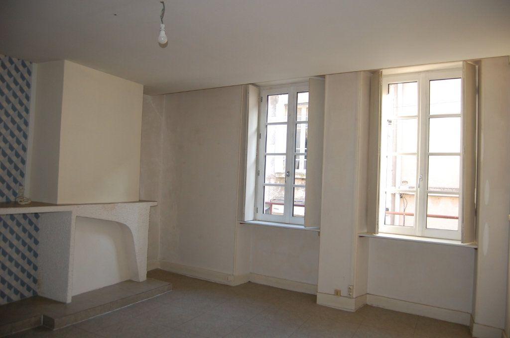 Appartement à louer 3 76m2 à Sancerre vignette-1