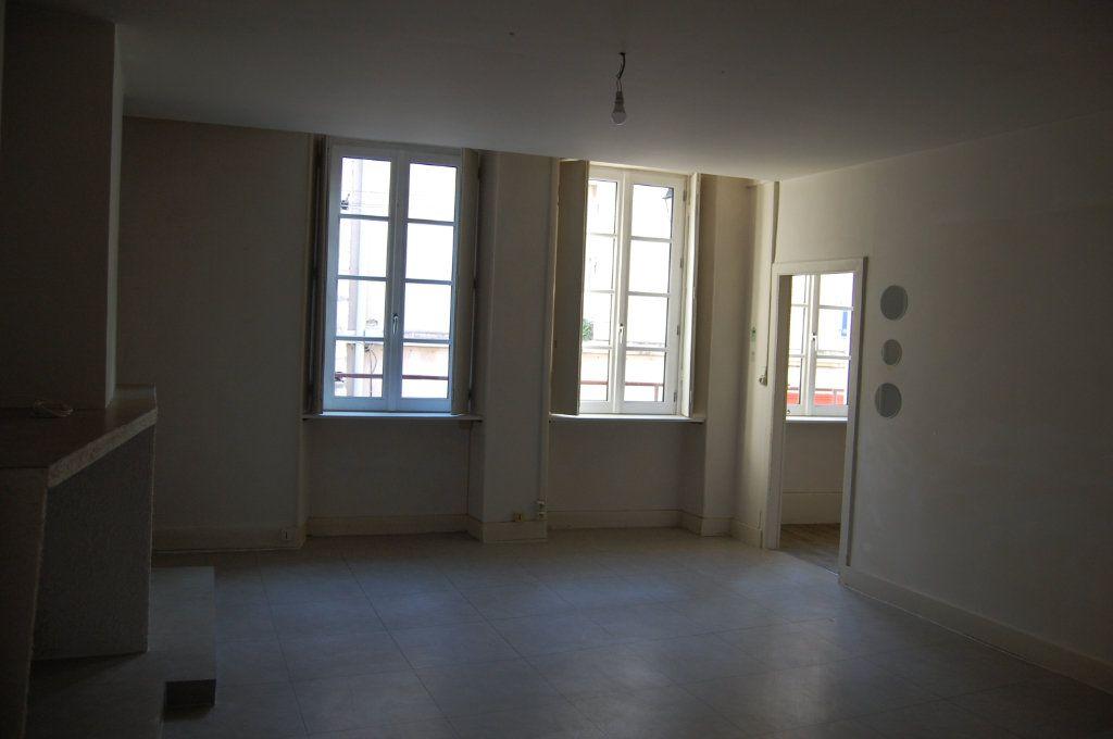 Appartement à louer 3 76m2 à Sancerre vignette-2