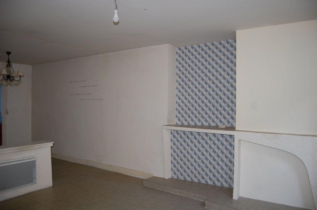 Appartement à louer 3 76m2 à Sancerre vignette-3