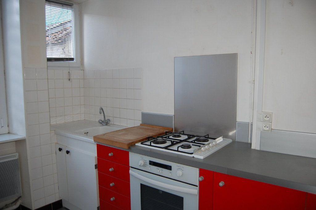 Appartement à louer 3 76m2 à Sancerre vignette-7