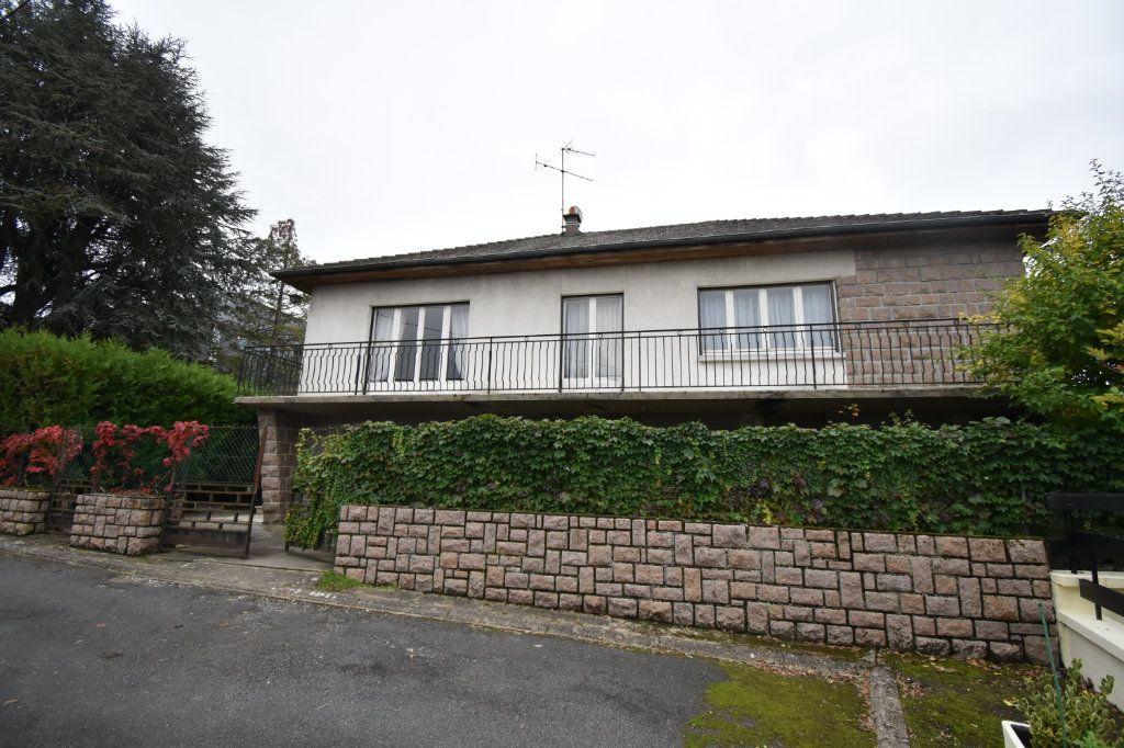 Maison à vendre 8 187m2 à Cosne-Cours-sur-Loire vignette-1
