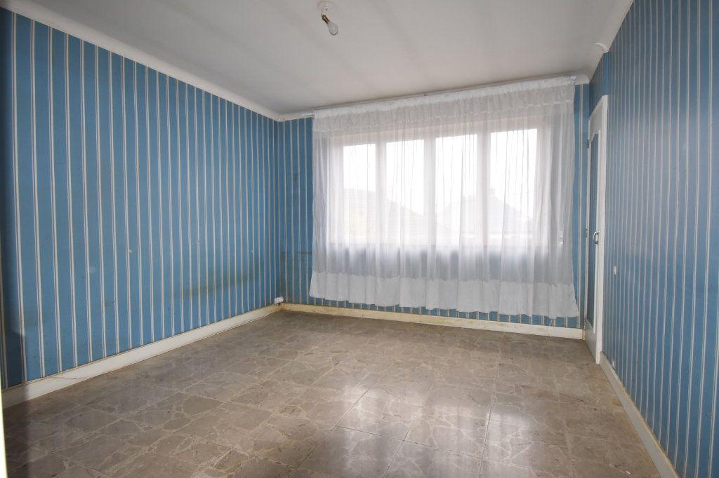 Maison à vendre 8 187m2 à Cosne-Cours-sur-Loire vignette-5