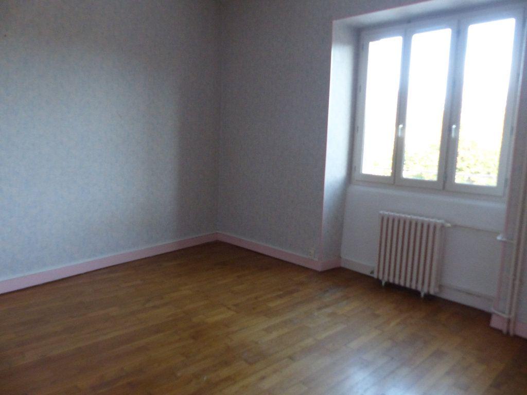 Appartement à louer 3 78m2 à Donzy vignette-4