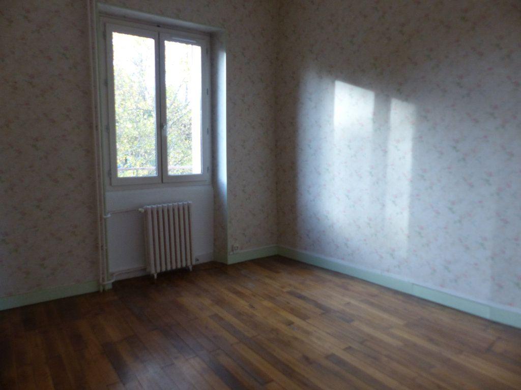 Appartement à louer 3 78m2 à Donzy vignette-5