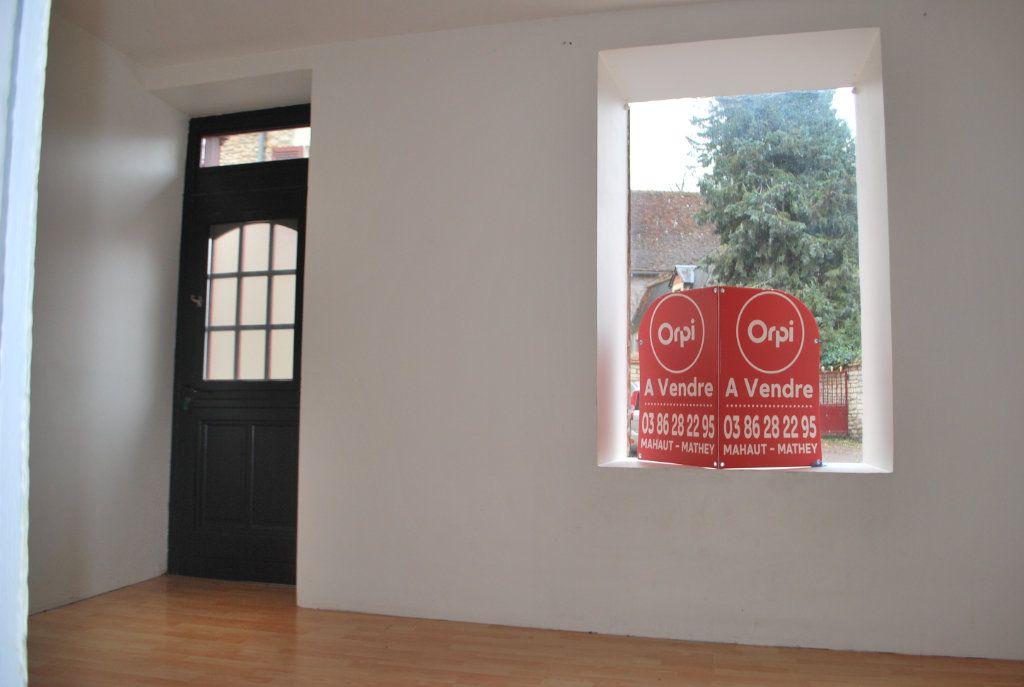 Maison à vendre 5 120m2 à Donzy vignette-3