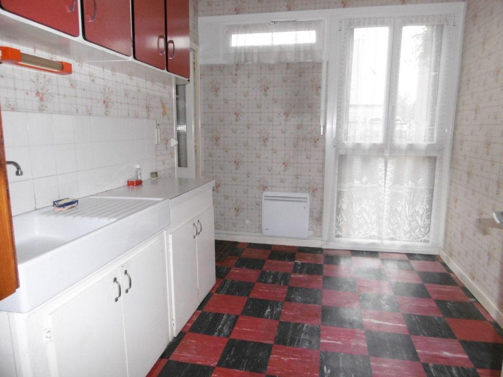 Appartement à vendre 3 59.38m2 à La Charité-sur-Loire vignette-1
