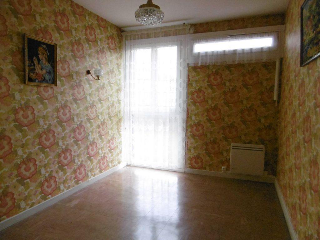 Appartement à vendre 3 59.38m2 à La Charité-sur-Loire vignette-2