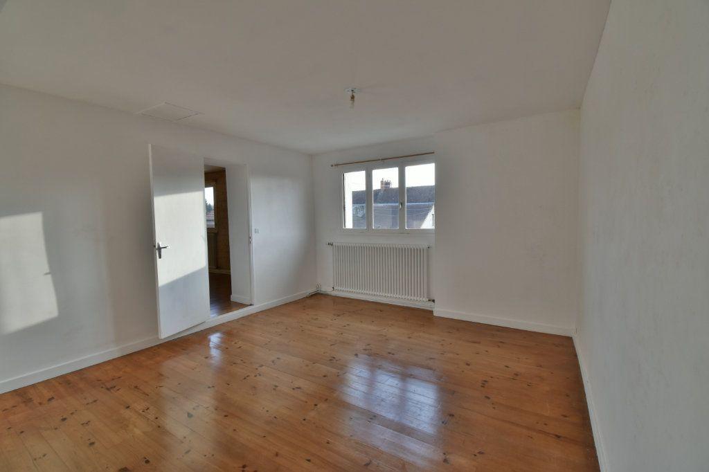Maison à vendre 3 76m2 à Cosne-Cours-sur-Loire vignette-9