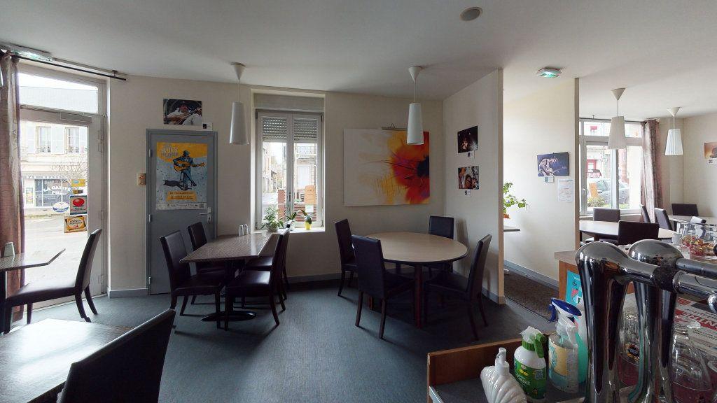 Maison à vendre 11 360m2 à La Charité-sur-Loire vignette-2