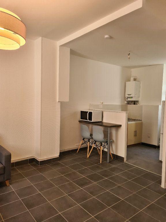 Appartement à louer 1 35m2 à La Charité-sur-Loire vignette-3