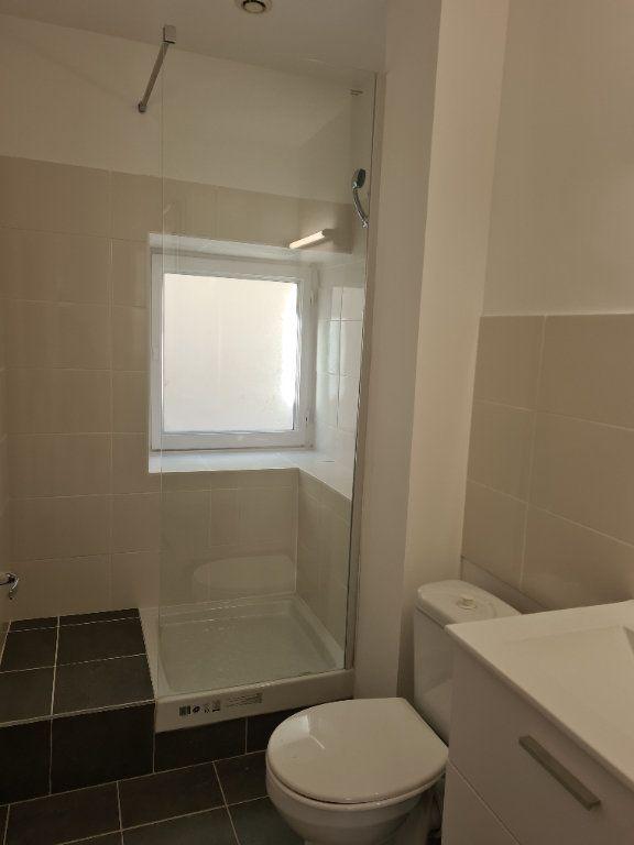 Appartement à louer 1 35m2 à La Charité-sur-Loire vignette-6