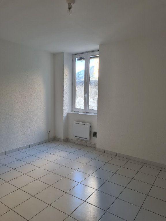 Appartement à louer 3 55m2 à La Charité-sur-Loire vignette-4